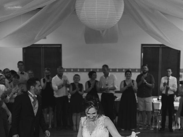 Le mariage de Alex et Alice à Saint-Thomas-de-Cônac, Charente Maritime 23