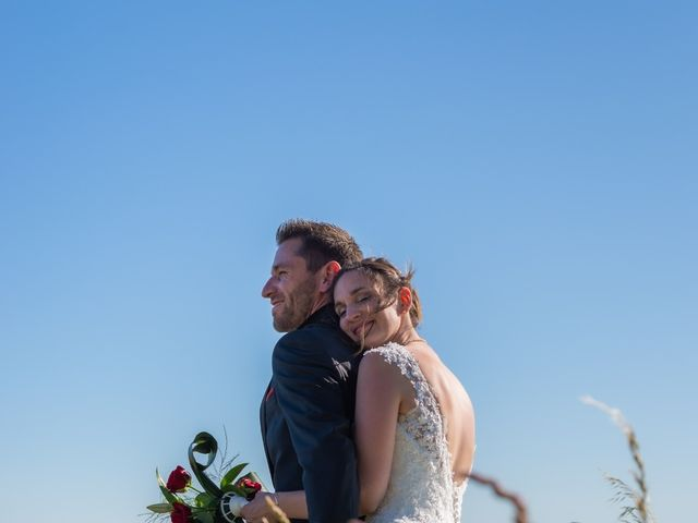 Le mariage de Alex et Alice à Saint-Thomas-de-Cônac, Charente Maritime 16