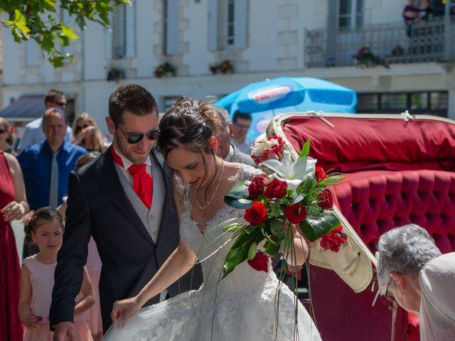 Le mariage de Alex et Alice à Saint-Thomas-de-Cônac, Charente Maritime 6