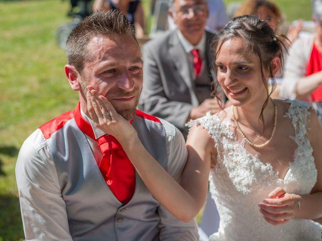 Le mariage de Alex et Alice à Saint-Thomas-de-Cônac, Charente Maritime 10