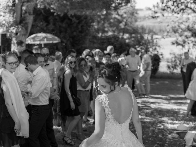 Le mariage de Alex et Alice à Saint-Thomas-de-Cônac, Charente Maritime 13