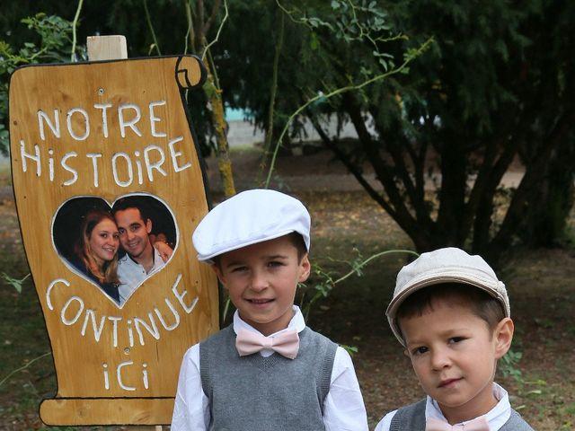 Le mariage de Alexandre et Marjorie à Épinouze, Drôme 35