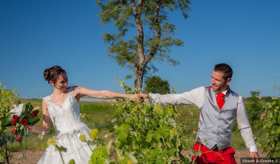 Le mariage de Alex et Alice à Saint-Thomas-de-Cônac, Charente Maritime