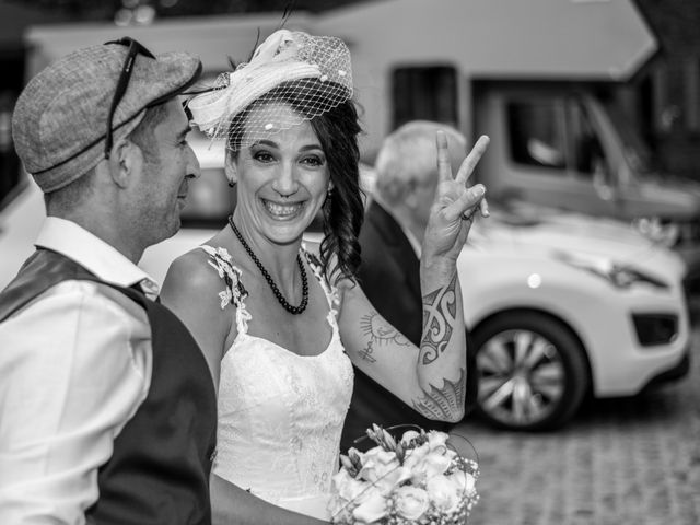 Le mariage de Christophe et Elodie à Aubenas, Ardèche 3