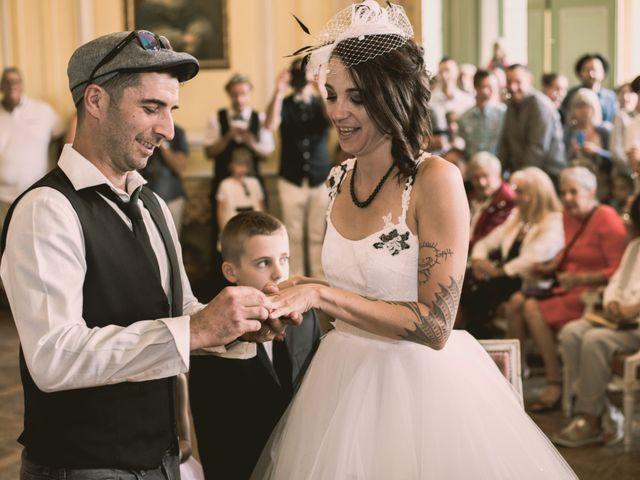 Le mariage de Christophe et Elodie à Aubenas, Ardèche 13