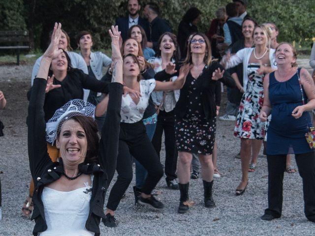 Le mariage de Christophe et Elodie à Aubenas, Ardèche 40
