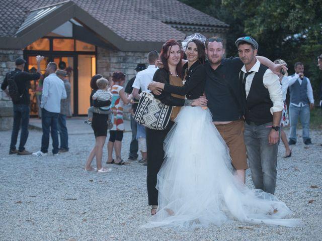 Le mariage de Christophe et Elodie à Aubenas, Ardèche 43