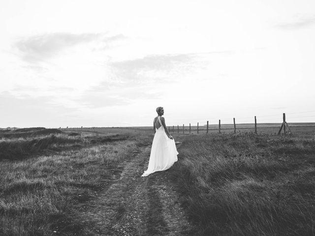 Le mariage de Mickaël et Elise à Aubevoye, Eure 23