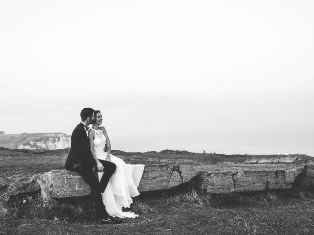 Le mariage de Mickaël et Elise à Aubevoye, Eure 35