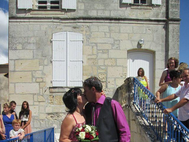 Le mariage de Aurore et Frédéric à Sireuil, Charente 3