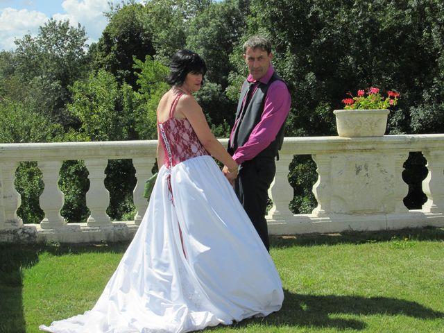 Le mariage de Aurore et Frédéric à Sireuil, Charente 4