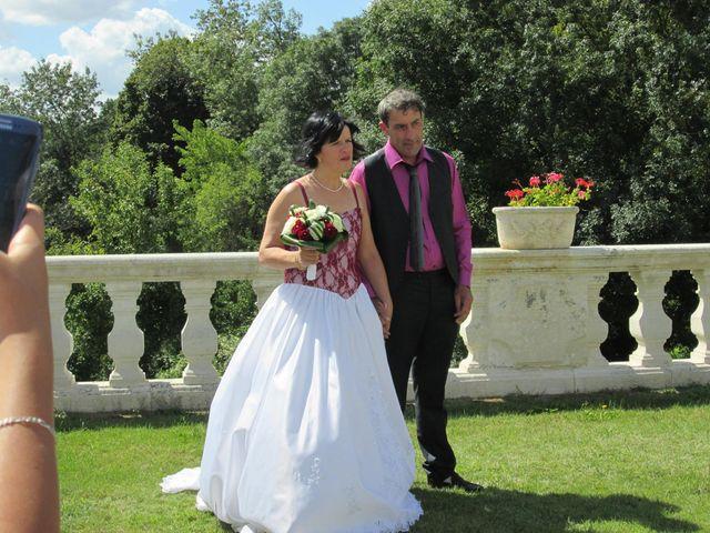 Le mariage de Aurore et Frédéric à Sireuil, Charente 5