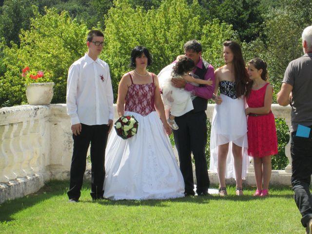 Le mariage de Aurore et Frédéric à Sireuil, Charente 6