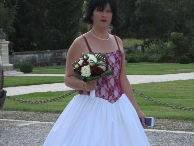 Le mariage de Aurore et Frédéric à Sireuil, Charente 7