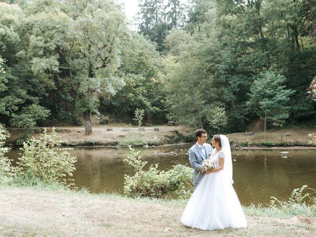 Le mariage de Samuel et Alla à Vallon-en-Sully, Allier 56