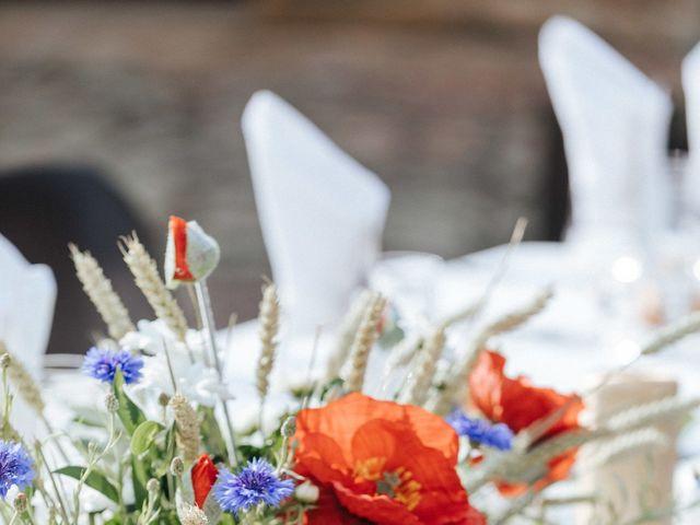 Le mariage de Samuel et Alla à Vallon-en-Sully, Allier 80