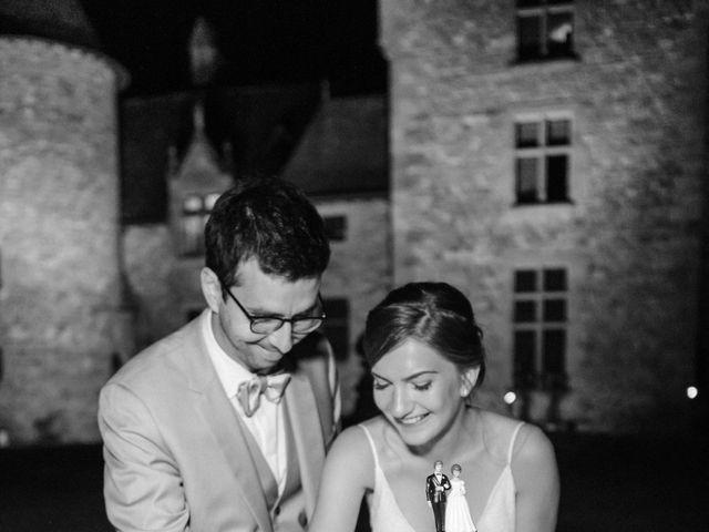 Le mariage de Samuel et Alla à Vallon-en-Sully, Allier 112