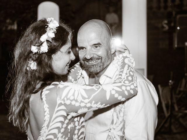 Le mariage de Gary et Jessica à Brissac, Hérault 32