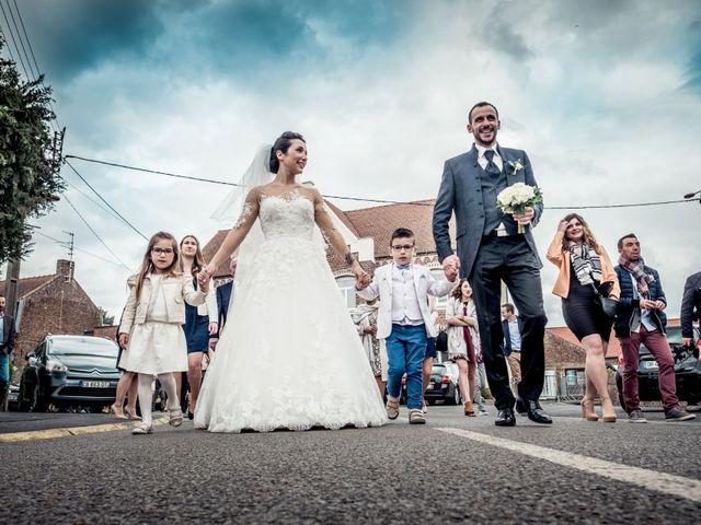 Le mariage de Christophe et Sabrina à Goeulzin, Nord 29
