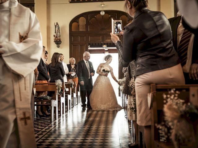 Le mariage de Christophe et Sabrina à Goeulzin, Nord 33