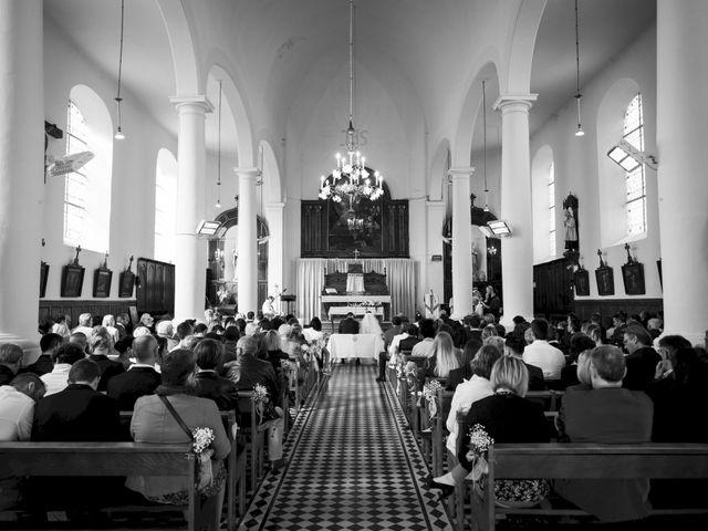 Le mariage de Christophe et Sabrina à Goeulzin, Nord 35