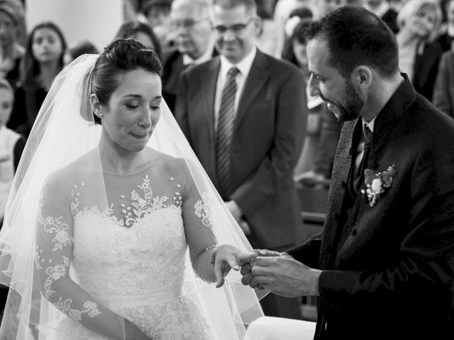 Le mariage de Christophe et Sabrina à Goeulzin, Nord 38