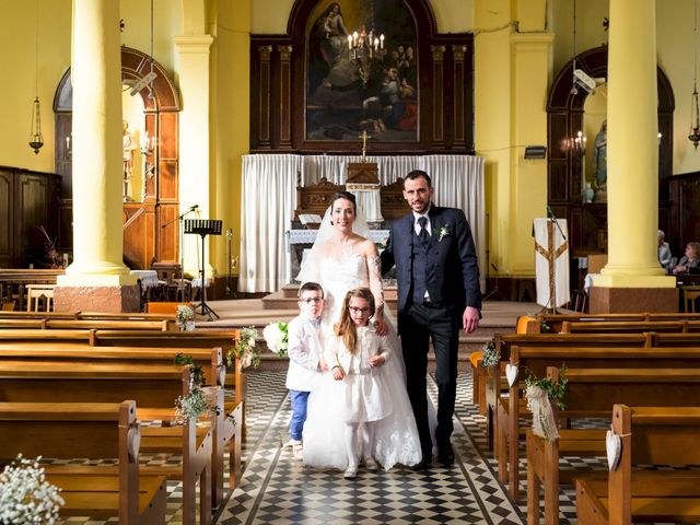 Le mariage de Christophe et Sabrina à Goeulzin, Nord 42
