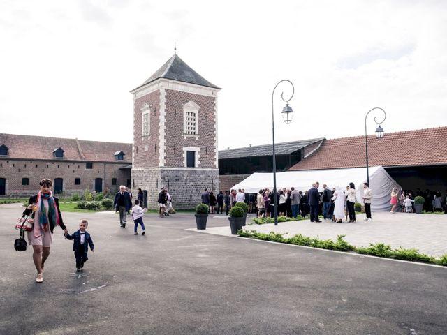 Le mariage de Christophe et Sabrina à Goeulzin, Nord 52