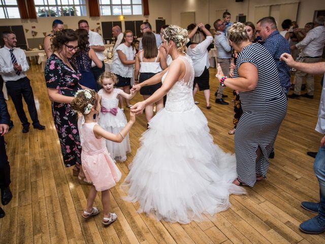Le mariage de Jonathan et Stéphanie à Vitry-en-Artois, Pas-de-Calais 79