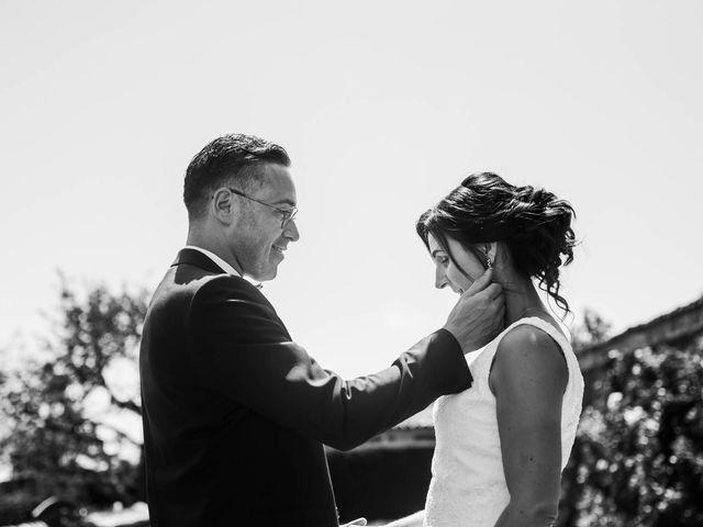 Le mariage de Michaël et Corinne à Villié-Morgon, Rhône 18