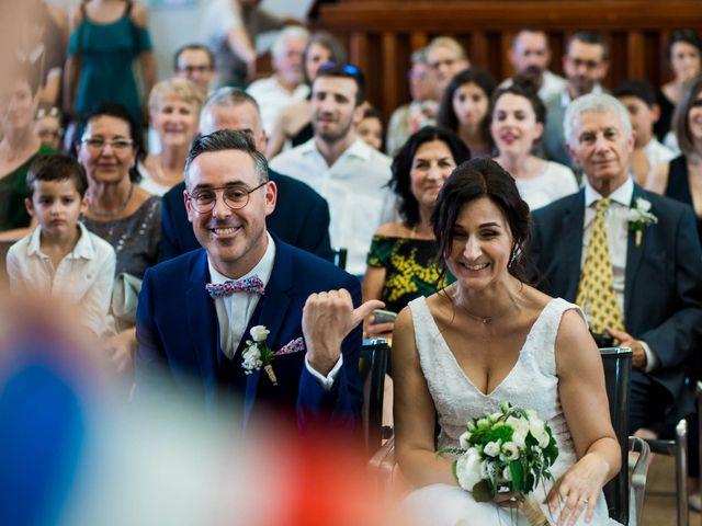 Le mariage de Michaël et Corinne à Villié-Morgon, Rhône 20