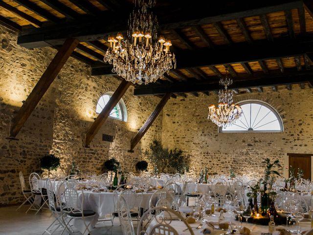 Le mariage de Michaël et Corinne à Villié-Morgon, Rhône 23
