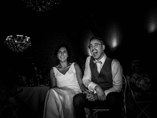 Le mariage de Michaël et Corinne à Villié-Morgon, Rhône 29