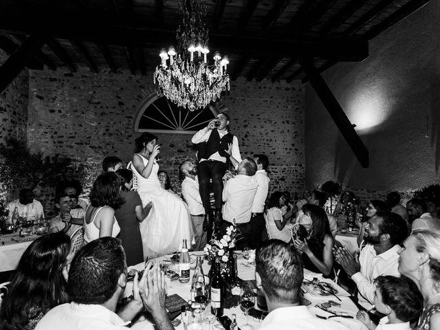Le mariage de Michaël et Corinne à Villié-Morgon, Rhône 31