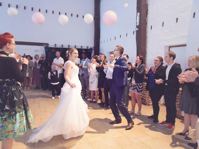 Le mariage de Clement et Cécile à Monceau-Saint-Waast, Nord 19