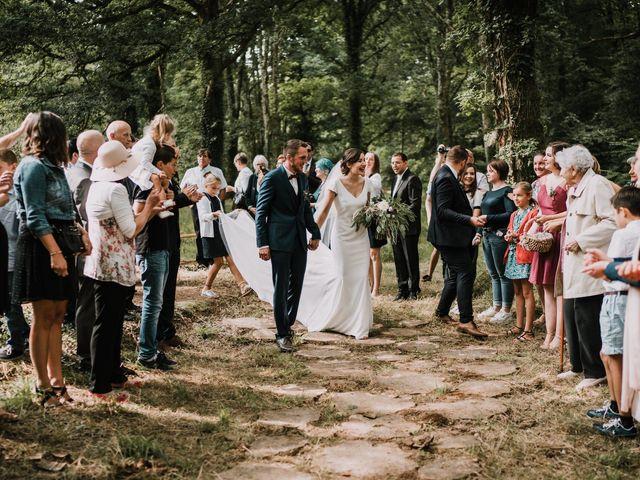 Le mariage de Jérome et Mathilde à Le Faouët, Morbihan 84