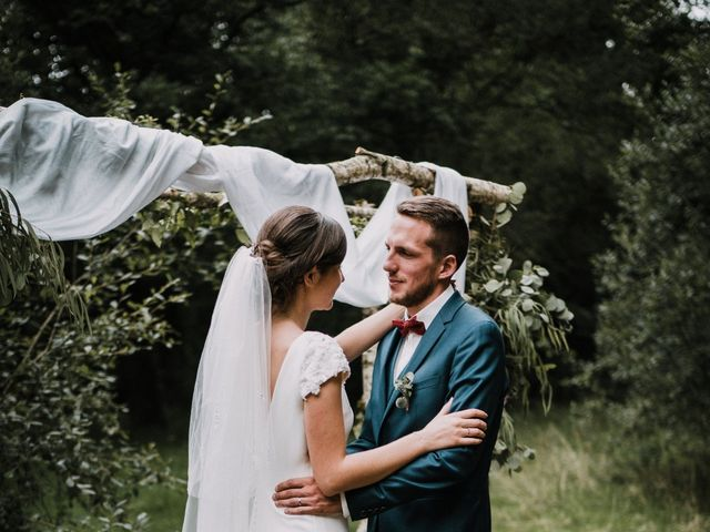 Le mariage de Jérome et Mathilde à Le Faouët, Morbihan 92
