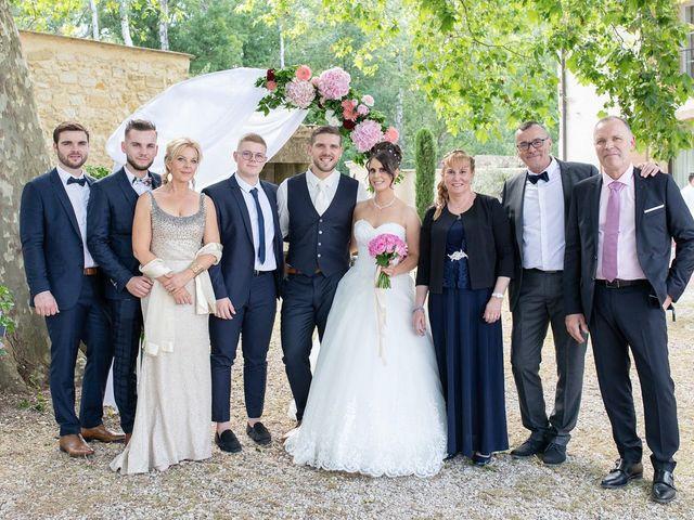 Le mariage de Anthony et Laurie à Châteauneuf-du-Pape, Vaucluse 71