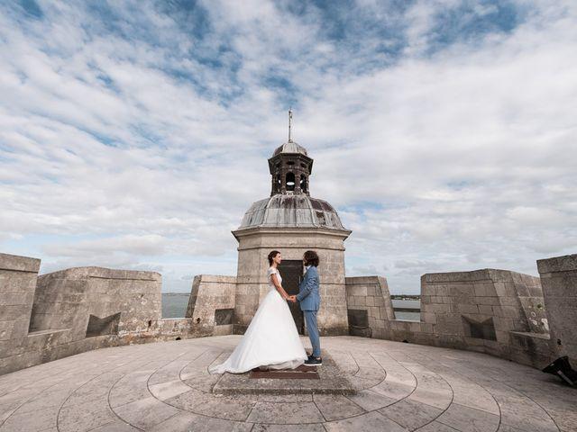Le mariage de Mathieu et Elsa à Le Château-d'Oléron, Charente Maritime 1