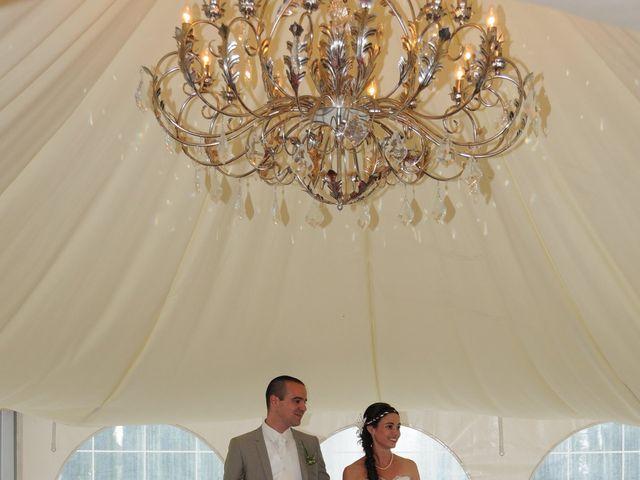 Le mariage de Valentin et Elodie à Excideuil, Dordogne 5