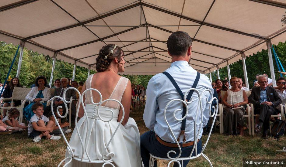 Le mariage de Mathieu et Alice à Parné-sur-Roc, Mayenne