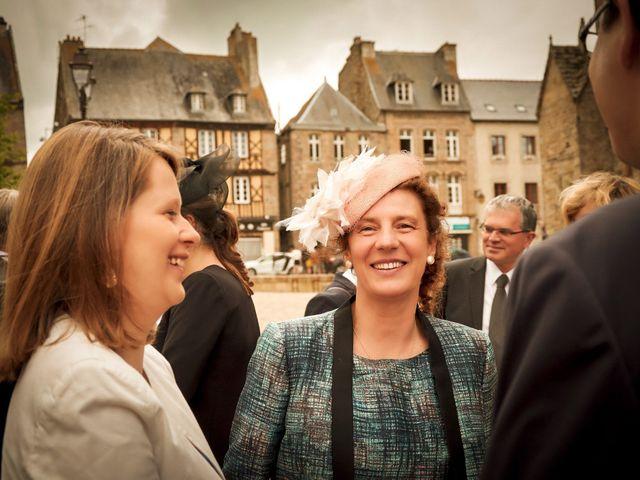 Le mariage de Victor et Isabelle à Tréguier, Côtes d'Armor 28