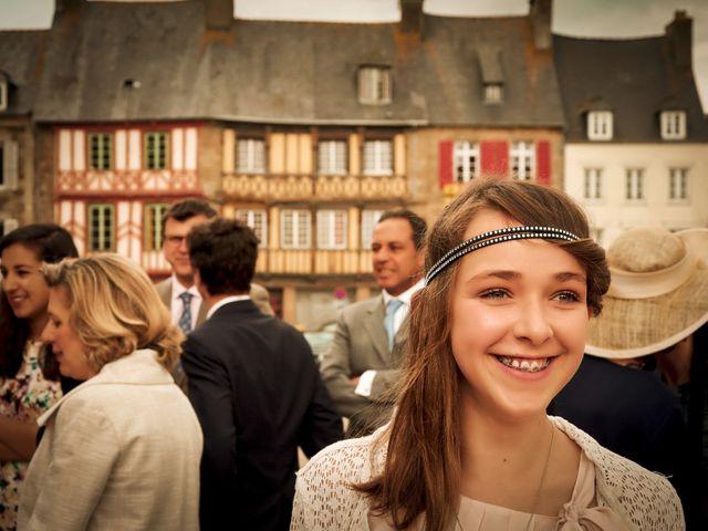 Le mariage de Victor et Isabelle à Tréguier, Côtes d'Armor 35
