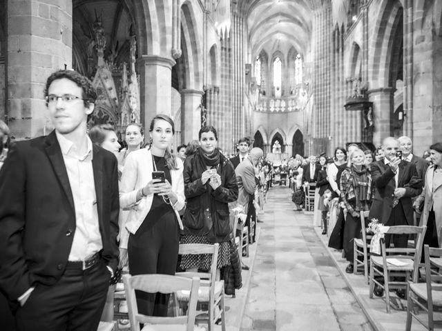Le mariage de Victor et Isabelle à Tréguier, Côtes d'Armor 45
