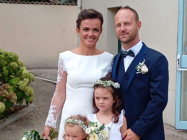 Le mariage de Joffrey et Elodie à Beylongue, Landes 3