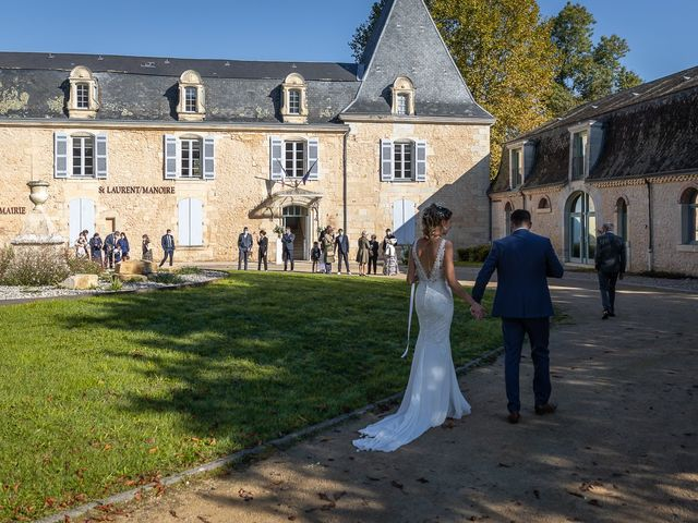Le mariage de Rémi et Laura à Périgueux, Dordogne 32
