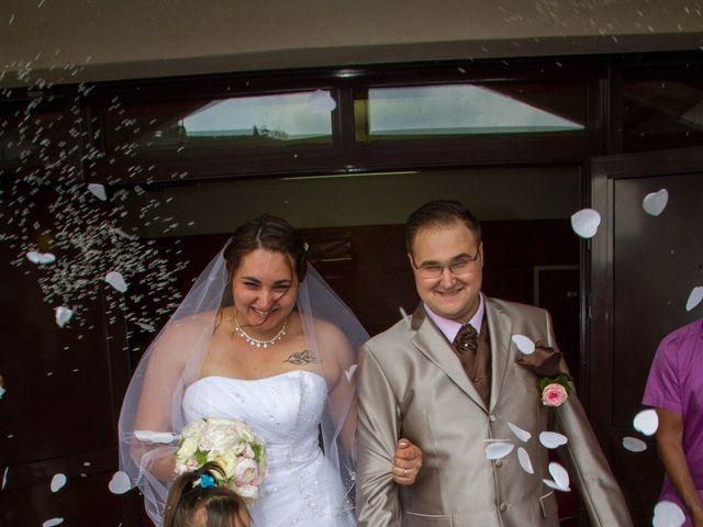 Le mariage de Yoann et Aurélie à Beaucroissant, Isère 11