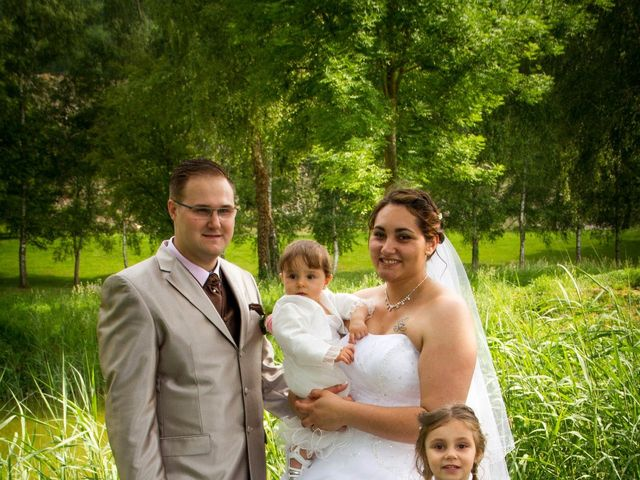 Le mariage de Yoann et Aurélie à Beaucroissant, Isère 14