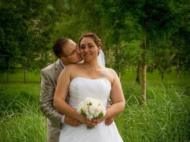 Le mariage de Yoann et Aurélie à Beaucroissant, Isère 16