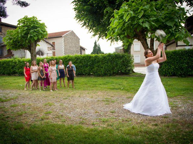 Le mariage de Yoann et Aurélie à Beaucroissant, Isère 18